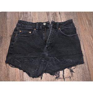 H&M Dark Denim Jean Shorts- Size 4 US
